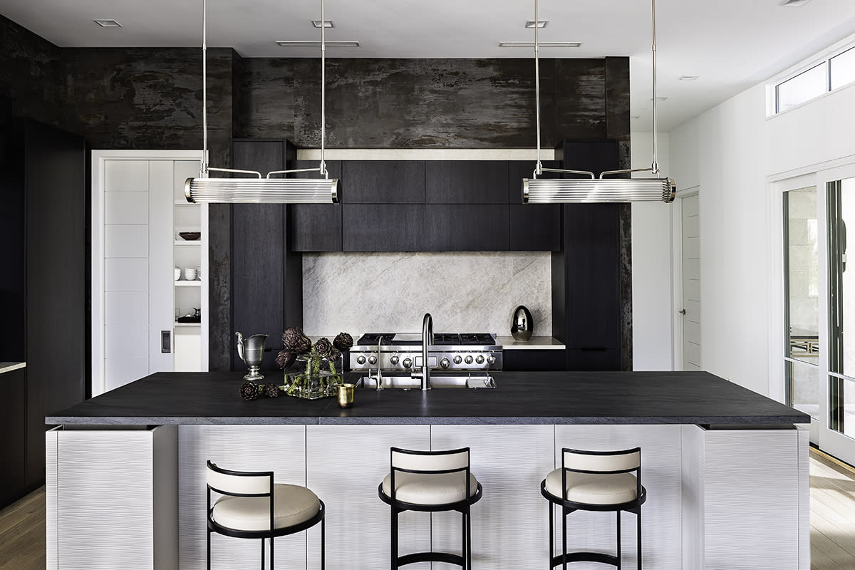 southwest contemporary kitchen designed by eggersmann dallas using the work's collection