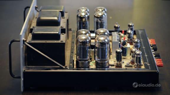 Audio Research D-115