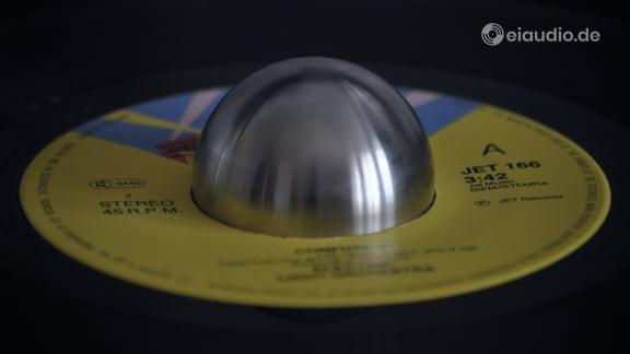 Vinyl Singles Puck