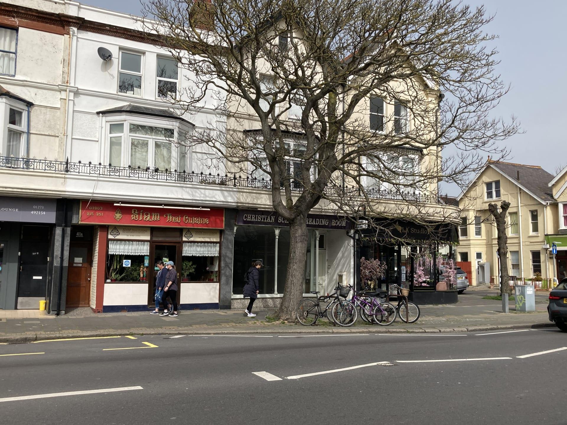 43 Brighton Road Worthing image.