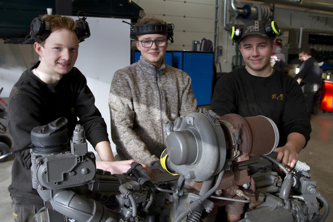 Donerer motorer for 400 000 kroner til videregående skoler