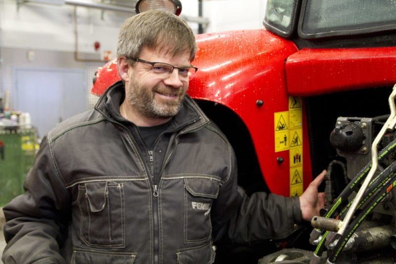 Klargjør traktoren før våronna