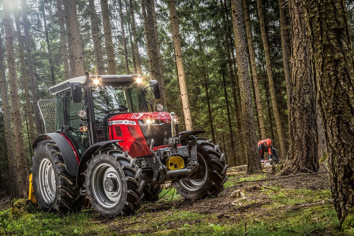 Kompakt og velutstyrt ny traktorserie