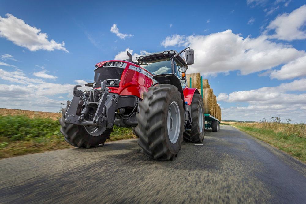 De nye S-serie-traktorene støtter EUs traktordirektiv som trer i kraft fra neste år.
