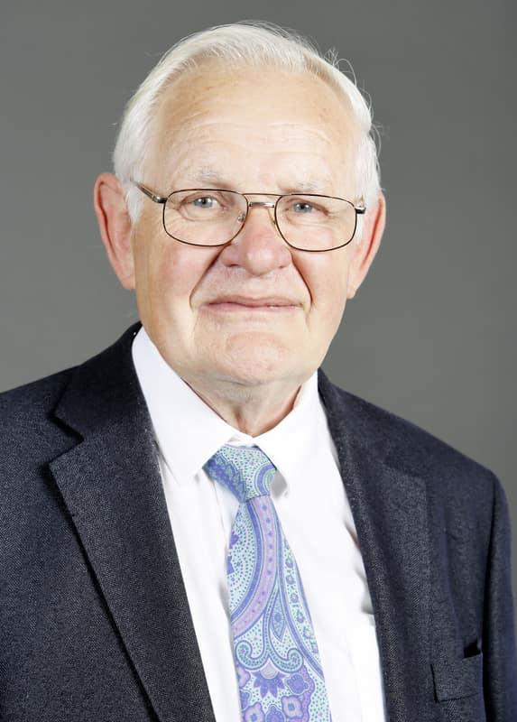 Herr Beck ist Dipl.-Bauingenieur und leitet und betreut die Niederlassung in Einbeck