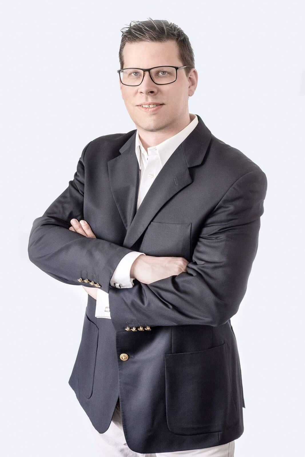 Selbstständiger Immobilienberater ALBERT JAKOB IMMOBILIEN