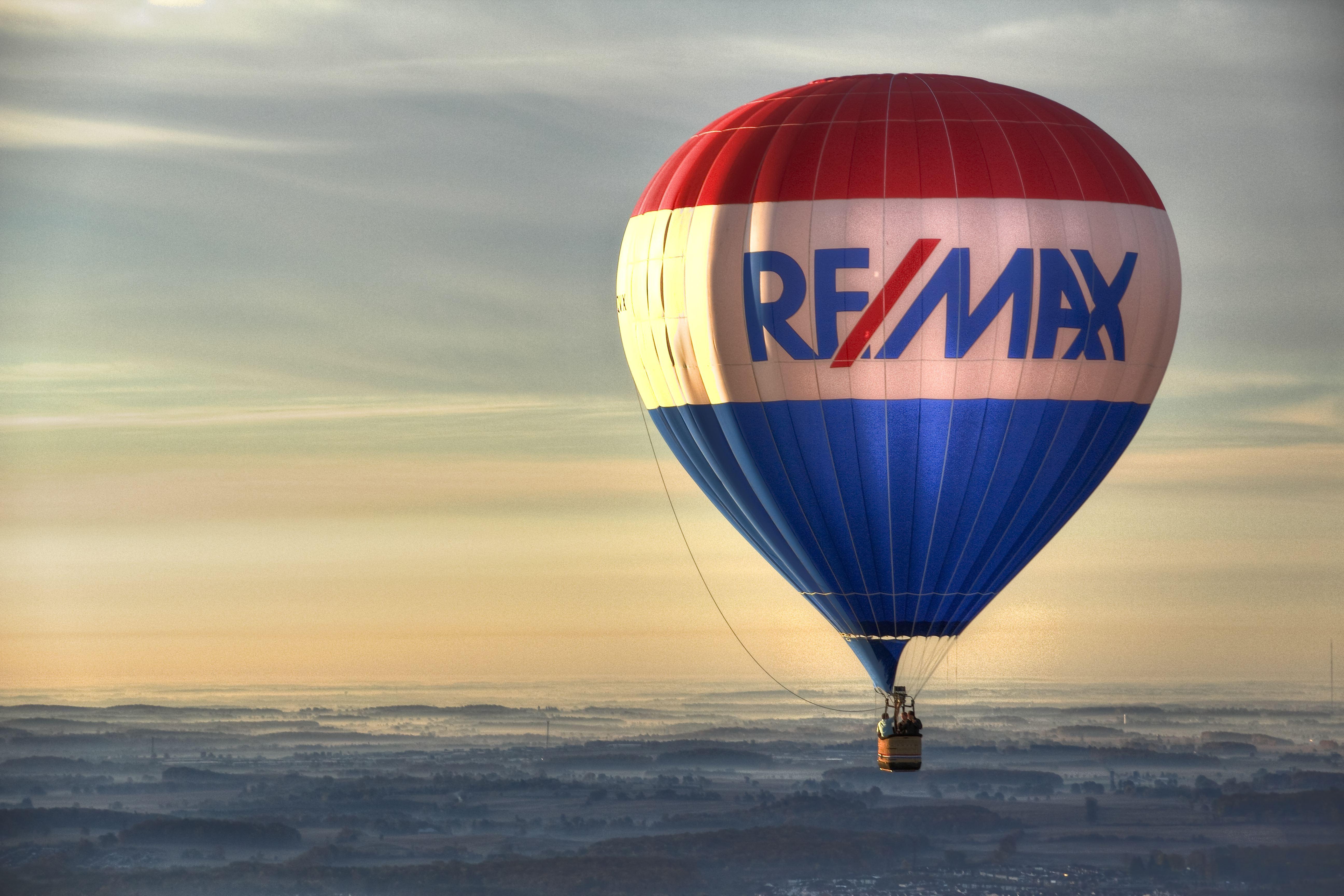 Hier sehen Sie das Logo von Remax
