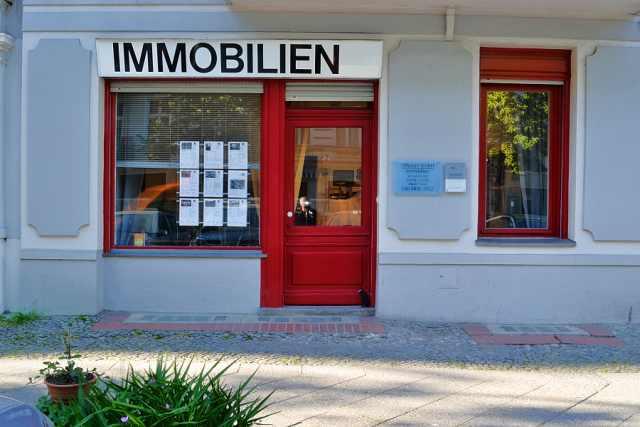 Das ehemalige Ladengeschäft in der Stephanstraße ist jetzt mein Immobilienbüro