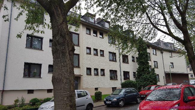 12 Eigentumswohnungen, alle vermietet. Wohnfläche 657m², Grundstück 1.682m², Mieteinnahmen 64.565,88€ p.A (brutto), Preis 722.678,00€