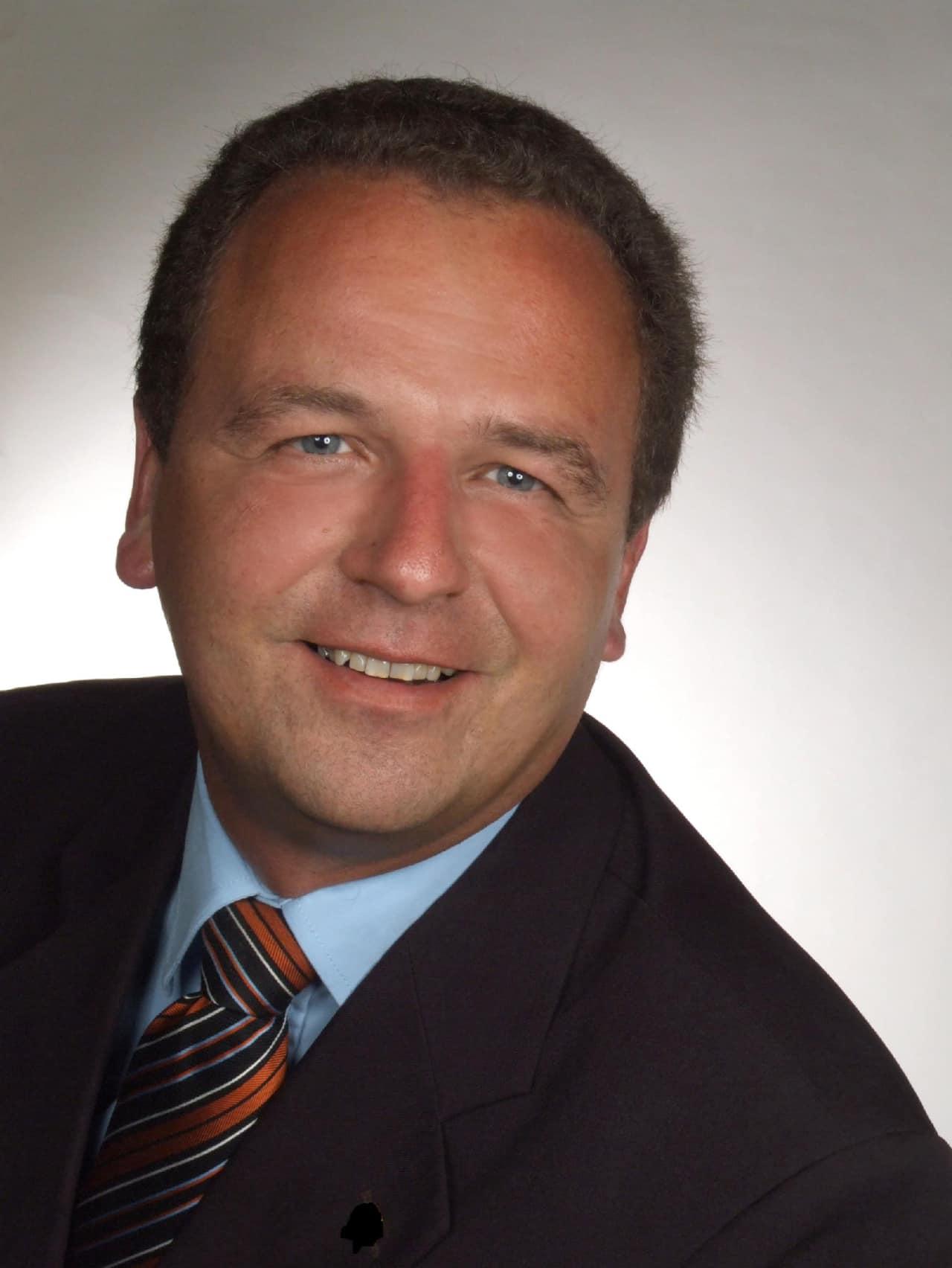 Inhaber / Geschäftsführer des Immobilienbüros  MV TUT GUT IMMOBILIEN