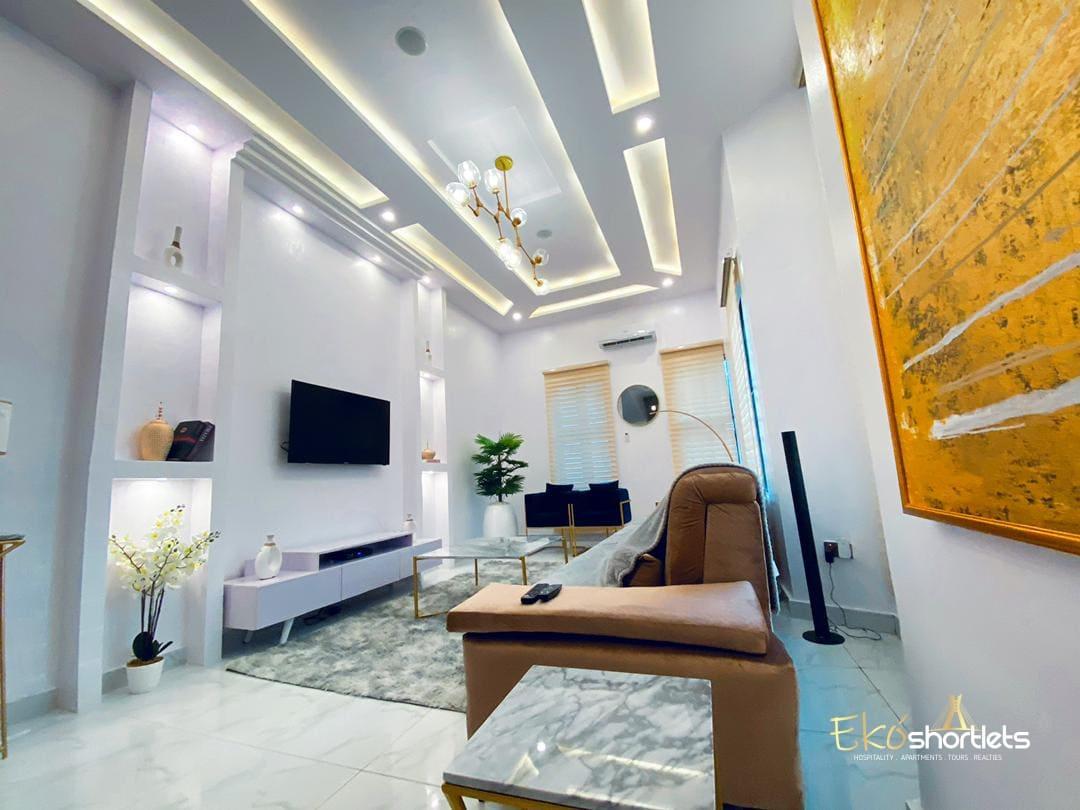 4 Bedroom House - Banji