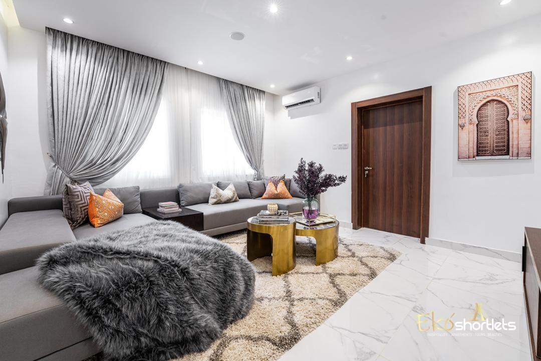 2 Bedroom - Chioma's Condo
