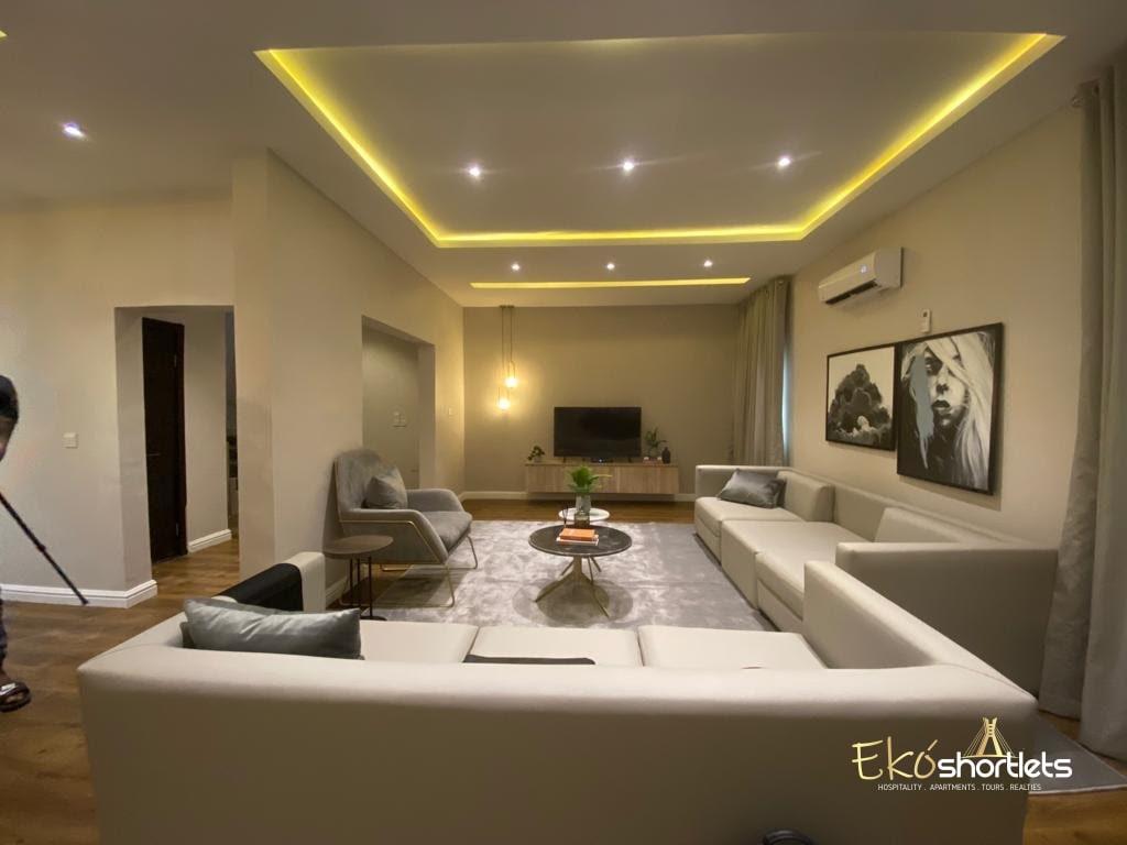 4 Bedroom Luxury Flat (Jonathan)