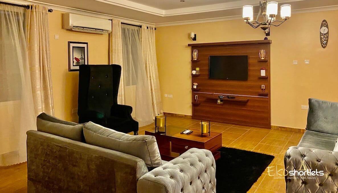 2 Bedroom. Ferdinard's Home