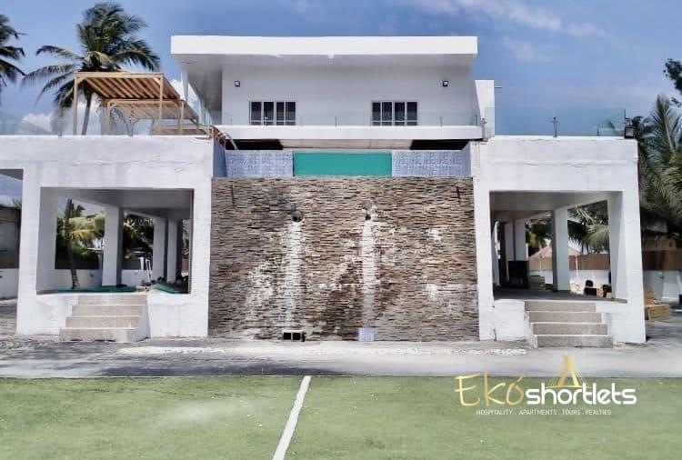 3 Bedroom Luxury Beach House