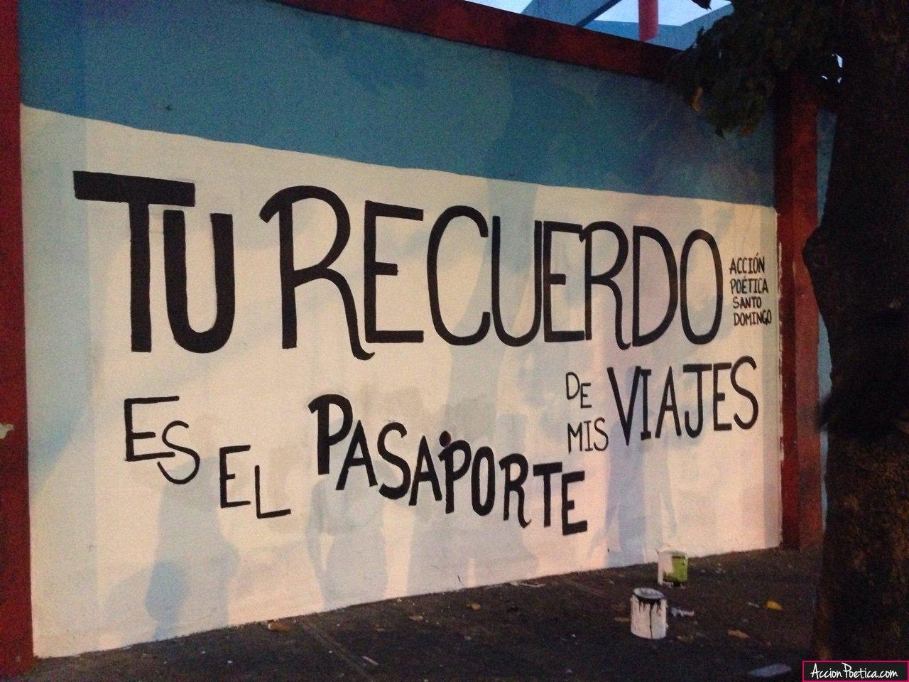 Frases de Acción Poética en Español (Latinoamericana) - Tu recuerdo es el pasaporte de mis viajes...