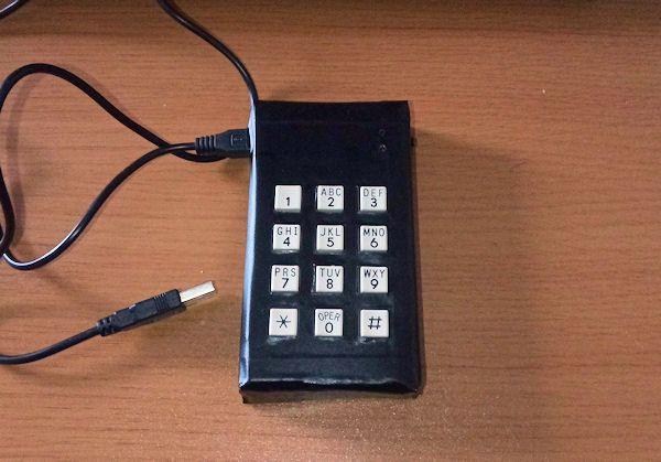 マトリックススイッチでプログラマブルテンキーを安く作る