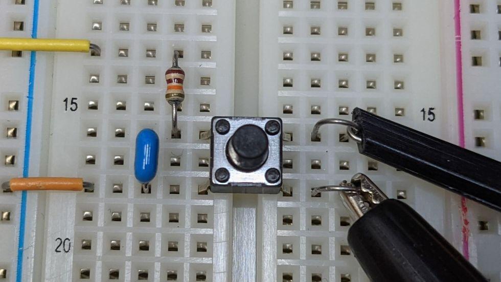 タクトスイッチのチャタリングを検証