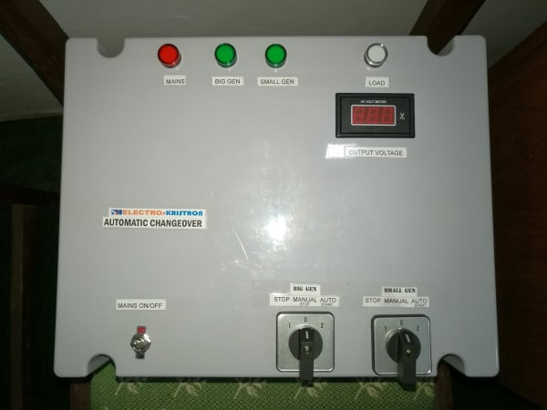 100A 3-Phase or 1-Phase Automatic Changeover for 3 Power Sources – Generic, Plastic Enclosure, Fast Transition