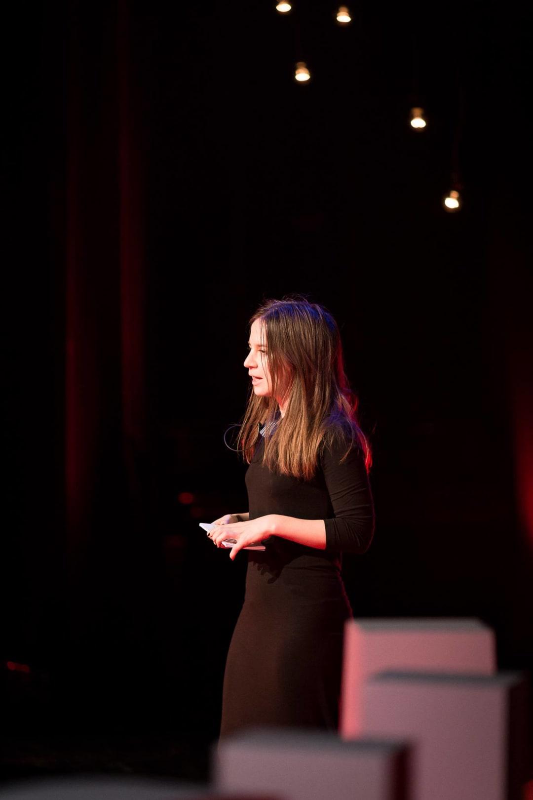 Paula Erizanu la TEDex Bulgaria