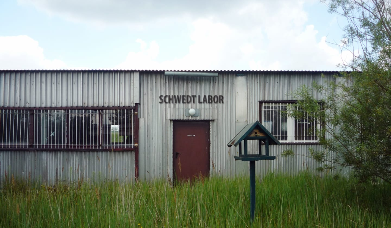 Schwedt Labor, courtesy Annette Ochs