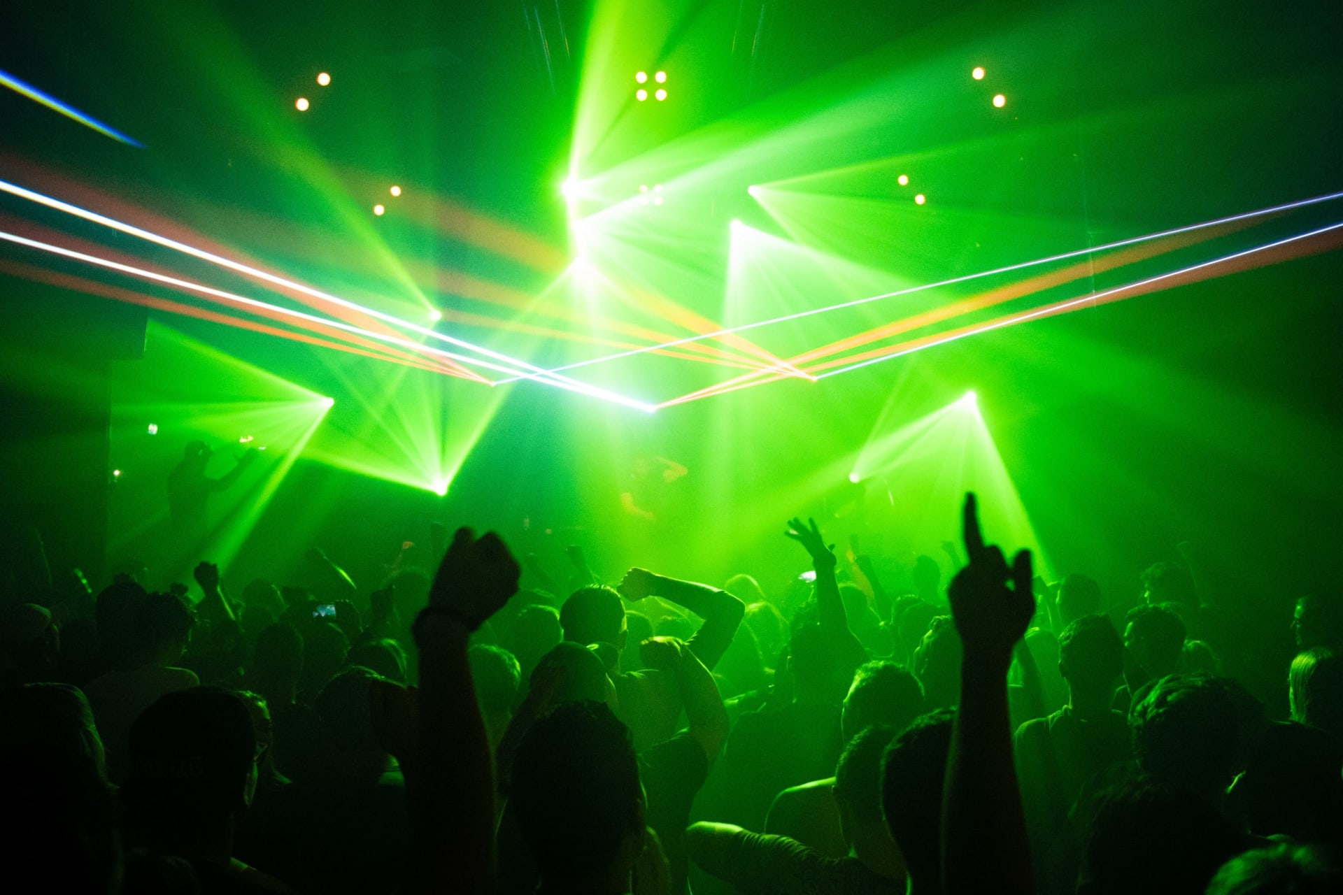 Șapte filme despre cultura clubbing