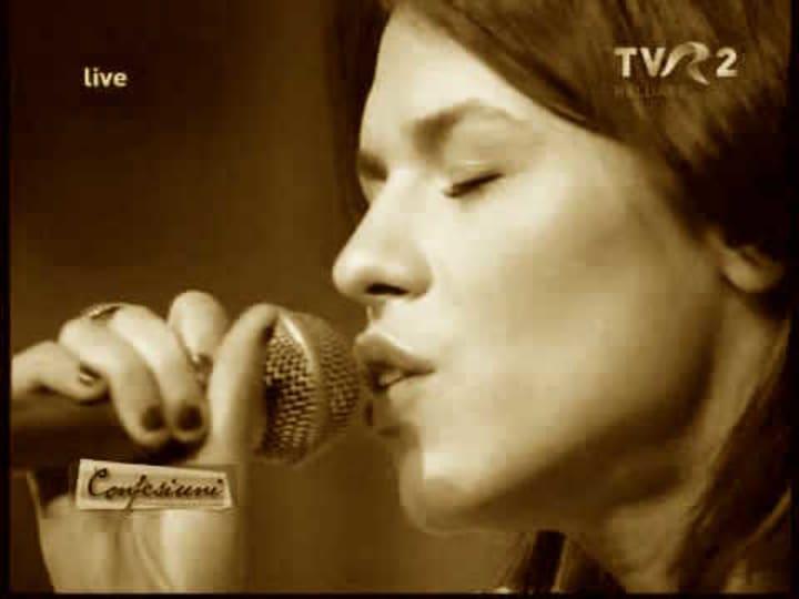 Ana live la TVR 2 cu Sunday People