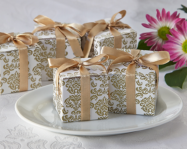 Classic Damask Favor Box In Gold 24 Pack