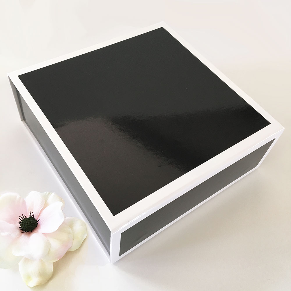 EB3193NP-Blank Black & White Gift Boxes