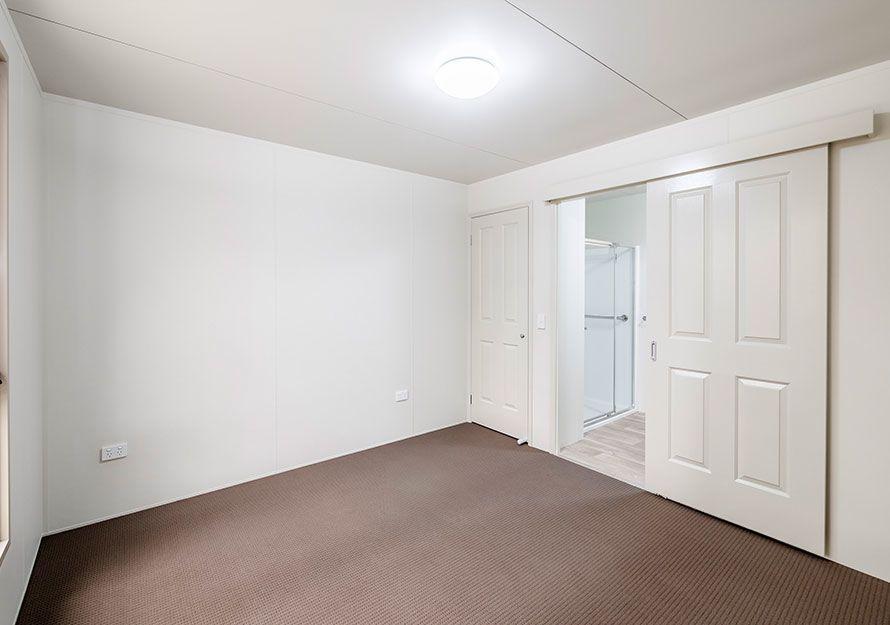 Elpor bedroom with ensuite