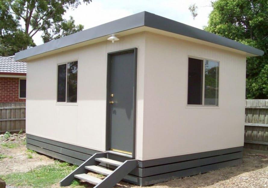6.0m X 4.8m Single Room