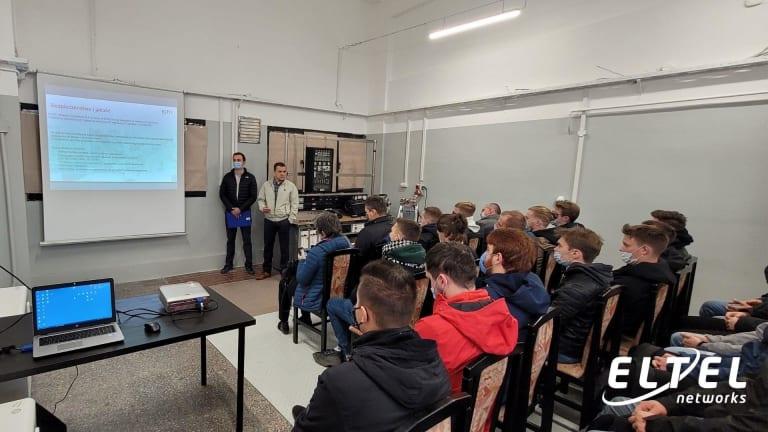 Studenci Politechniki Rzeszowskiej w Laboratorium Szkoleniowym Eltel Networks