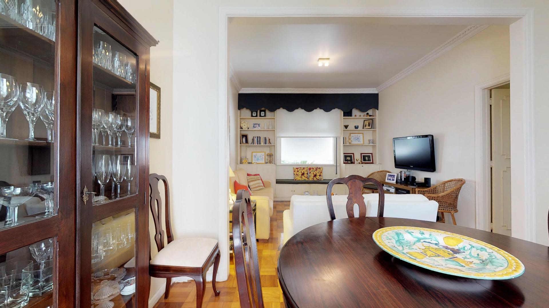 Imagem do Apartamento ID-880 na Rua Frei Solano, Lagoa, Rio de Janeiro - RJ