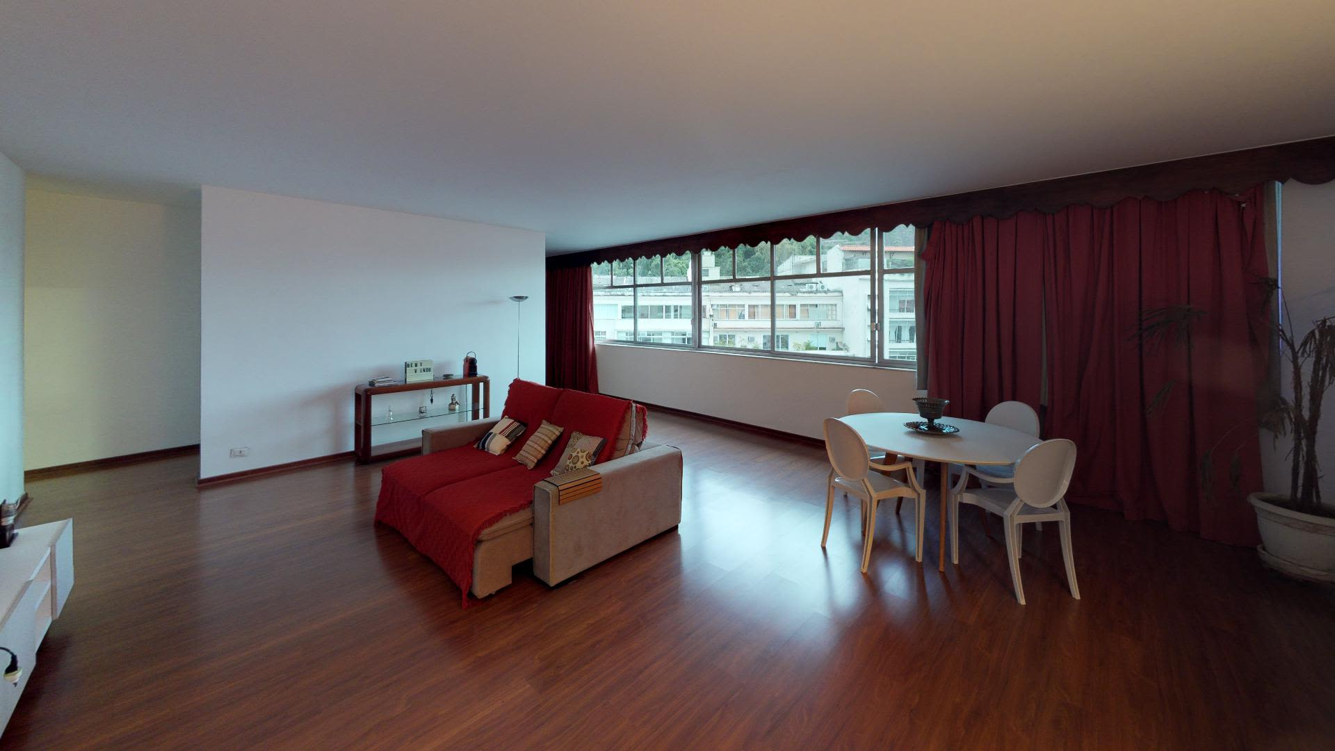 Imagem do Apartamento ID-2522 na Praça Eugênio Jardim, Copacabana, Rio de Janeiro - RJ