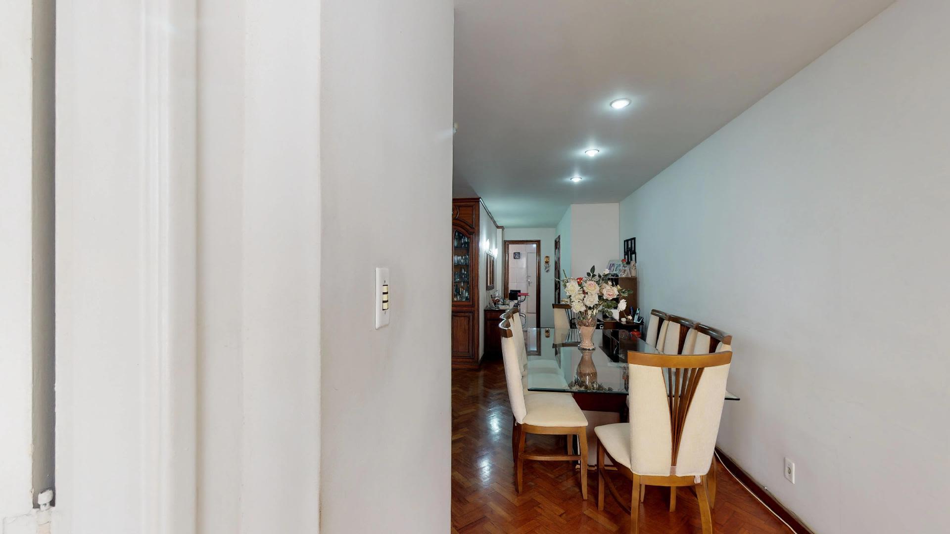 Imagem do Apartamento ID-1725 na Avenida Nossa Senhora de Copacabana, Copacabana, Rio de Janeiro - RJ