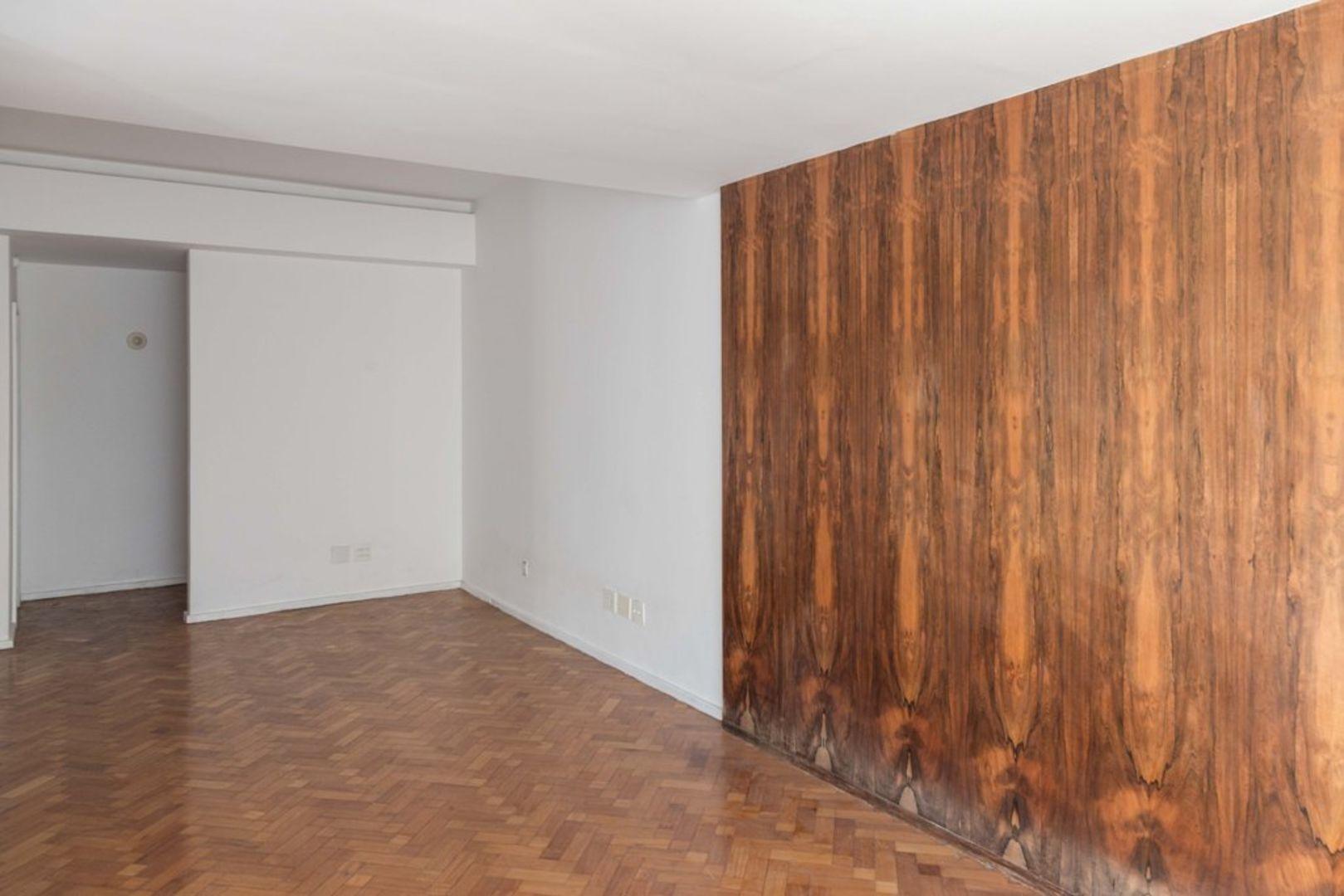 Imagem do Apartamento ID-1447 na Rua Gomes Carneiro, Ipanema, Rio de Janeiro - RJ