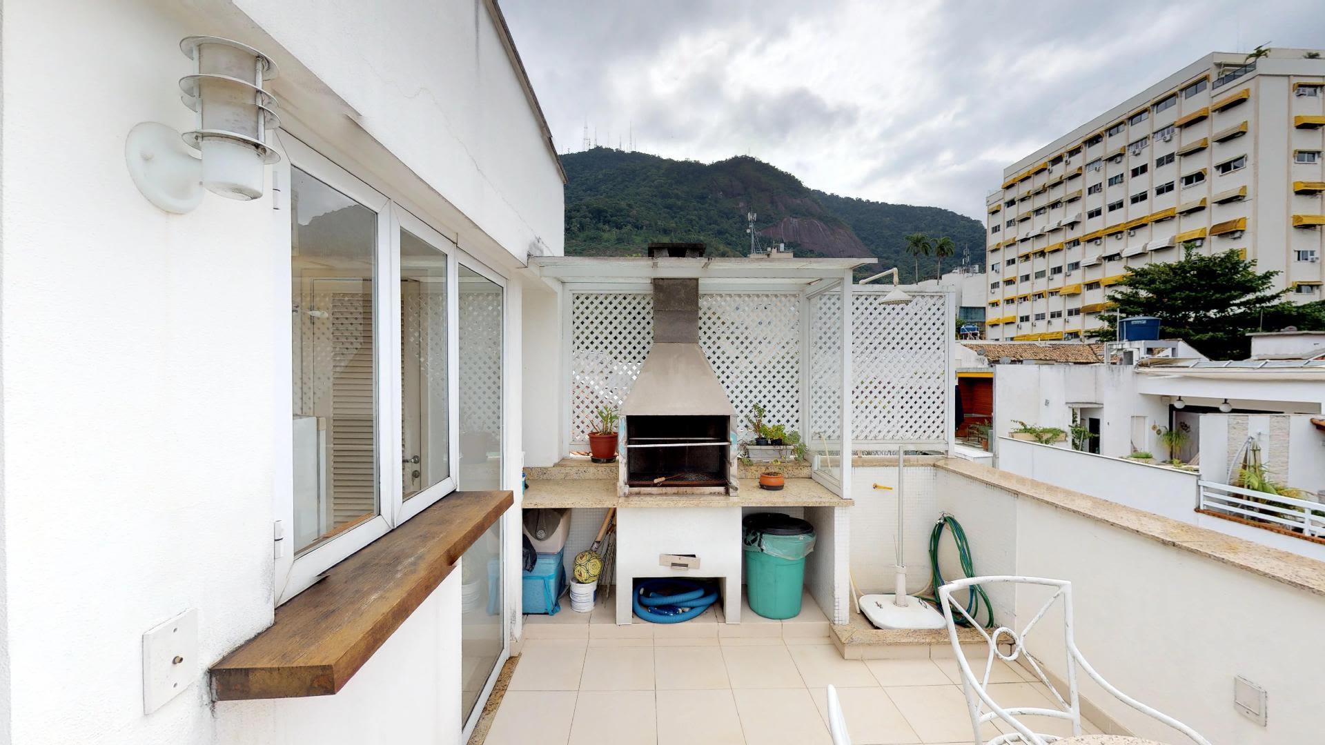 Imagem da Casa ID-364 na Rua Pacheco Leão, Jardim Botânico, Rio de Janeiro - RJ