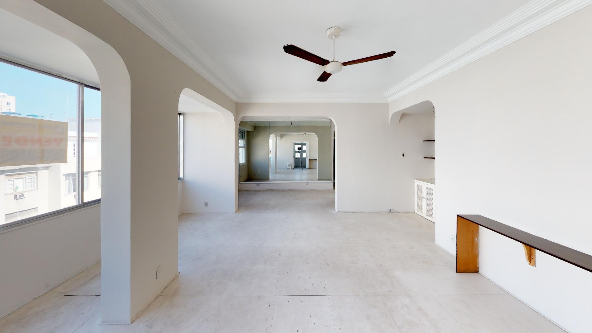 Imagem do Apartamento ID-553 na Rua Gomes Carneiro, Ipanema, Rio de Janeiro - RJ