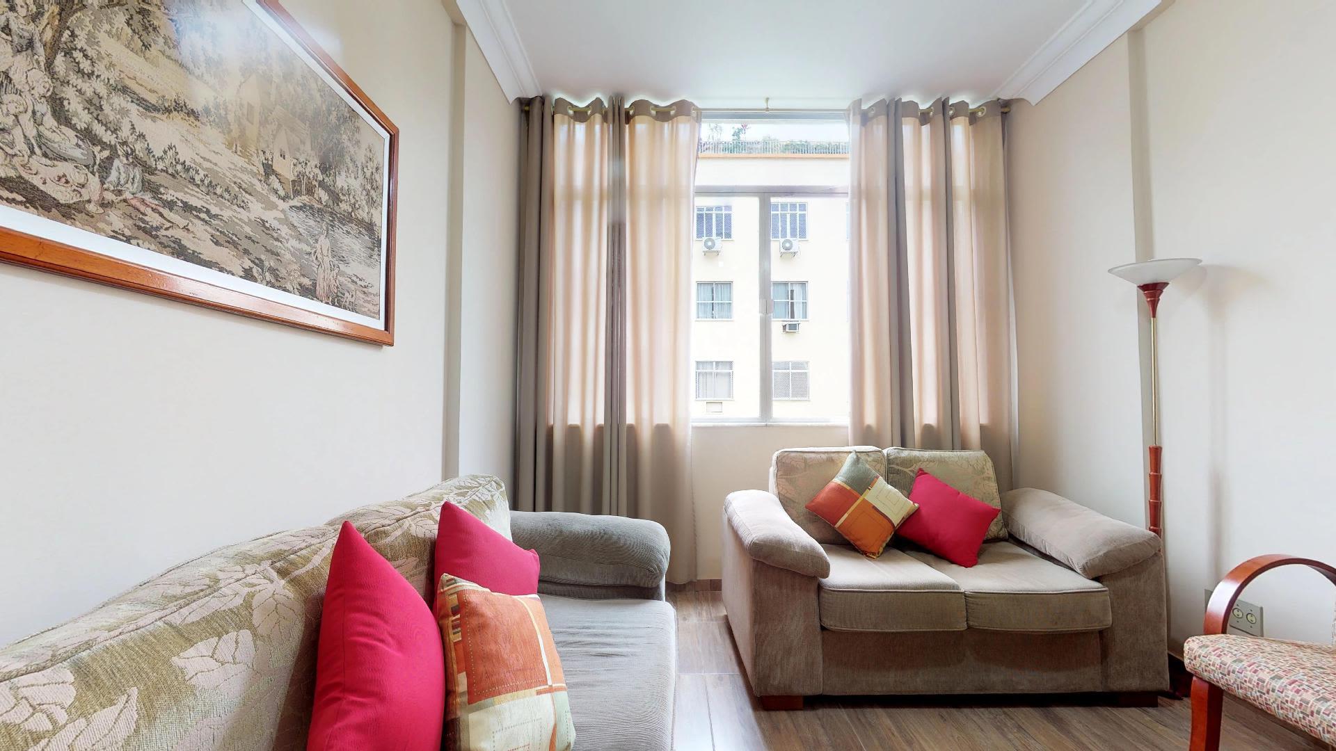 Imagem do Apartamento ID-1068 na Rua Coelho Neto, Laranjeiras, Rio de Janeiro - RJ