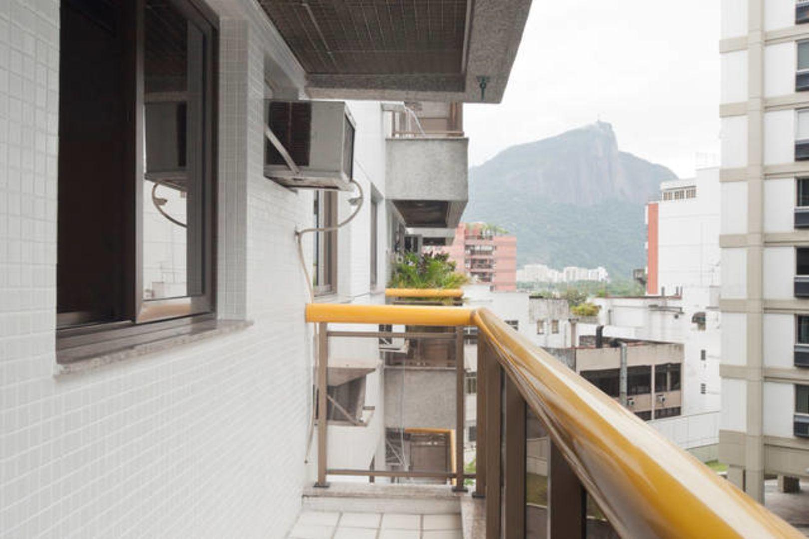 Imagem do Apartamento ID-1094 na Avenida Bartolomeu Mitre, Leblon, Rio de Janeiro - RJ