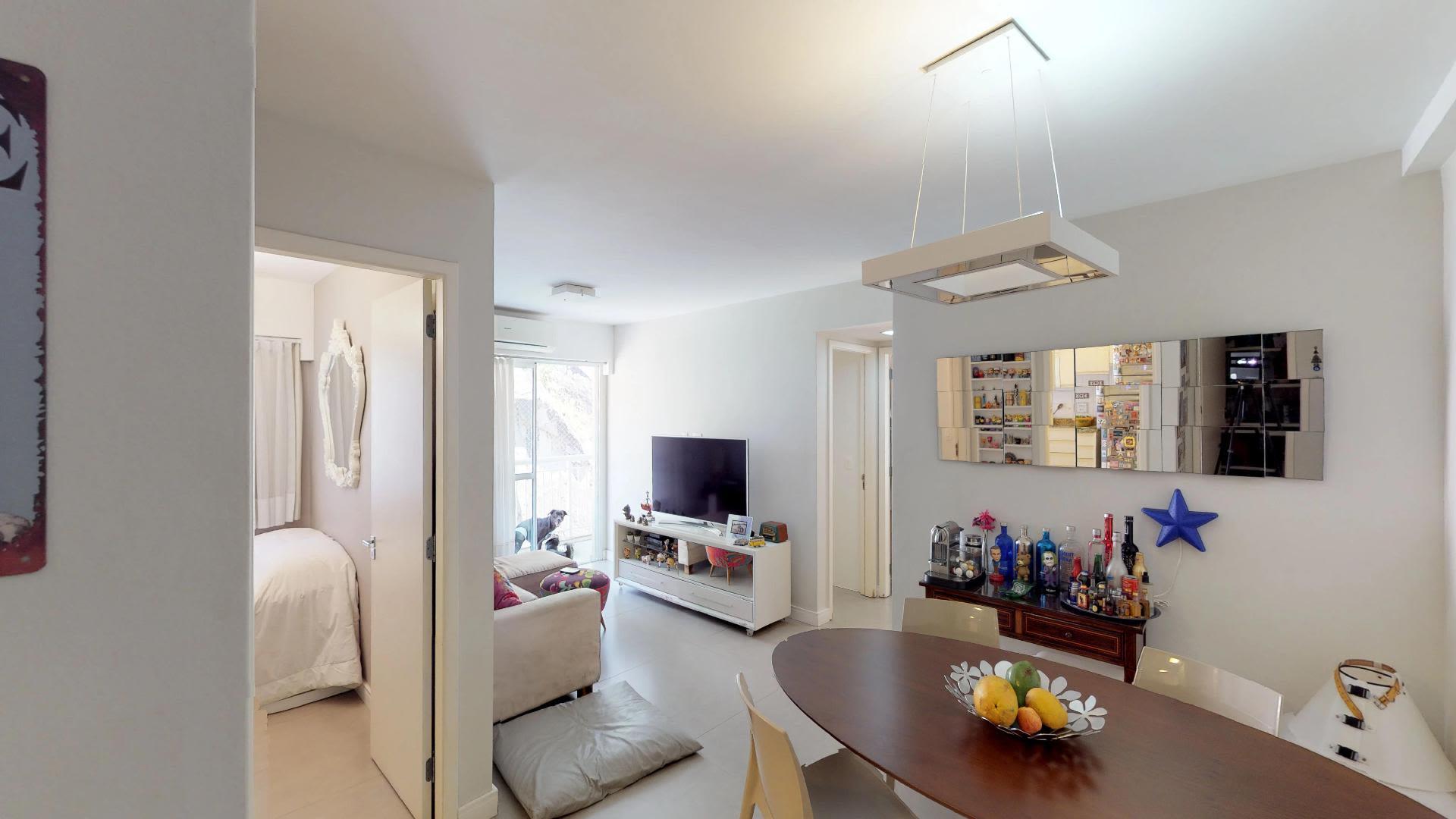 Imagem do Apartamento ID-2962 na Rua Bento Lisboa, Catete, Rio de Janeiro - RJ