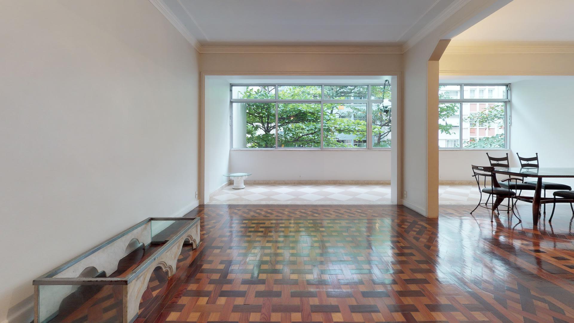 Imagem do Apartamento ID-734 na Rua Gustavo Sampaio, Leme, Rio de Janeiro - RJ