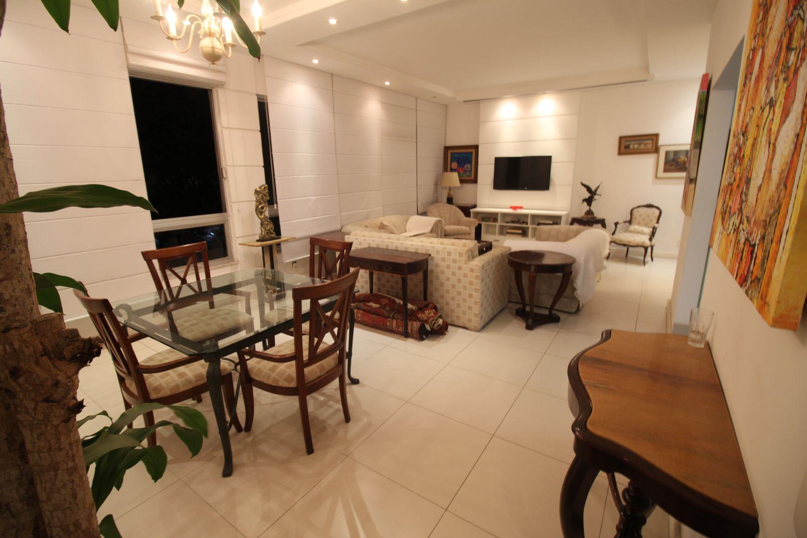 Imagem do Apartamento ID-196 na Rua Hilário de Gouvêia, Copacabana, Rio de Janeiro - RJ