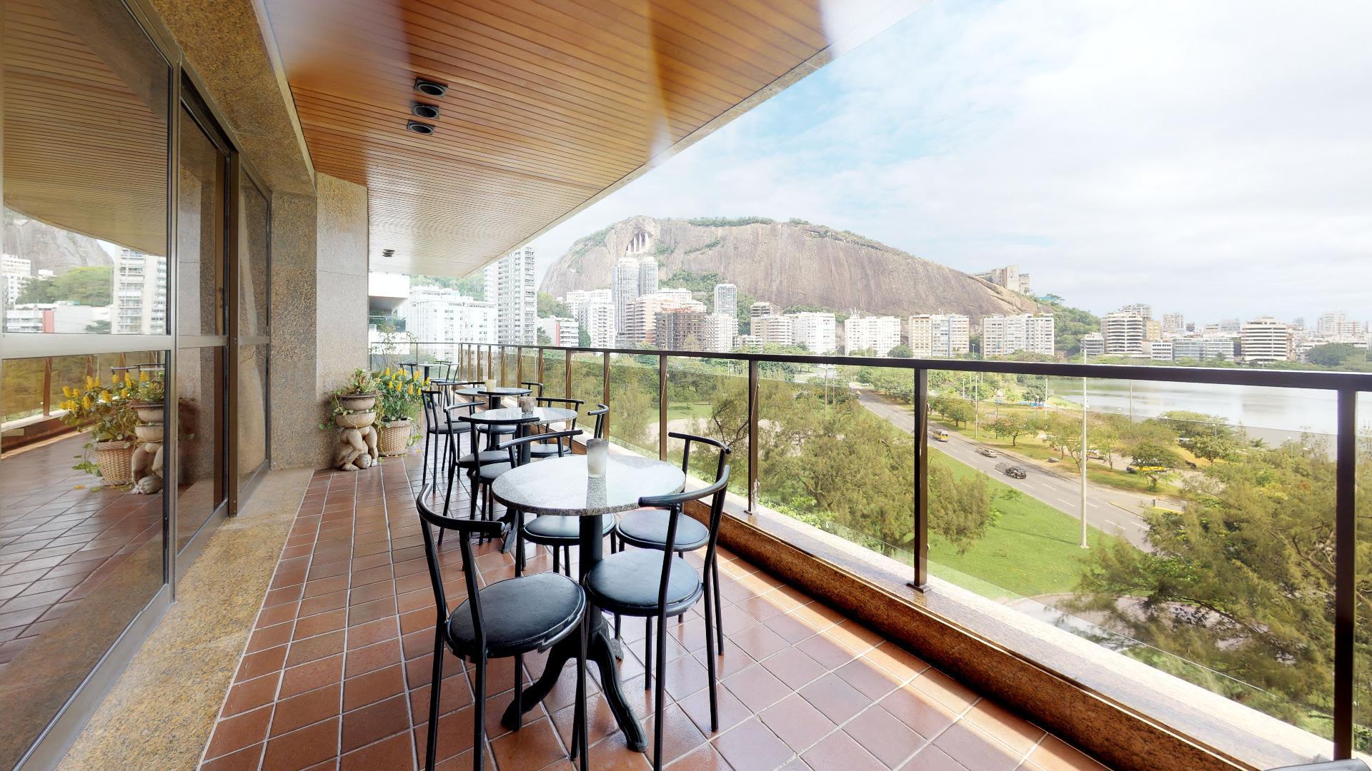 Imagem do Apartamento ID-1128 na Avenida Epitácio Pessoa, Lagoa, Rio de Janeiro - RJ