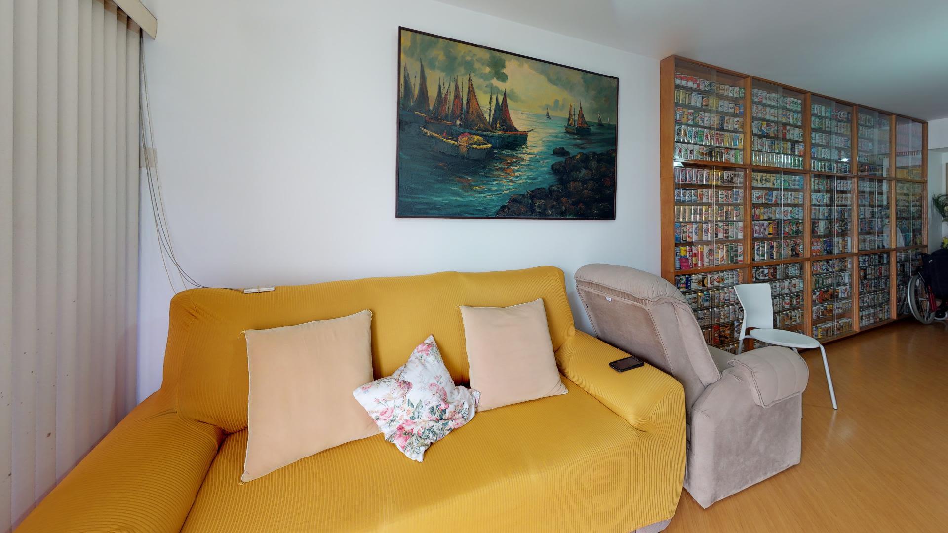 Imagem do Apartamento ID-1271 na Rua Bento Lisboa, Catete, Rio de Janeiro - RJ