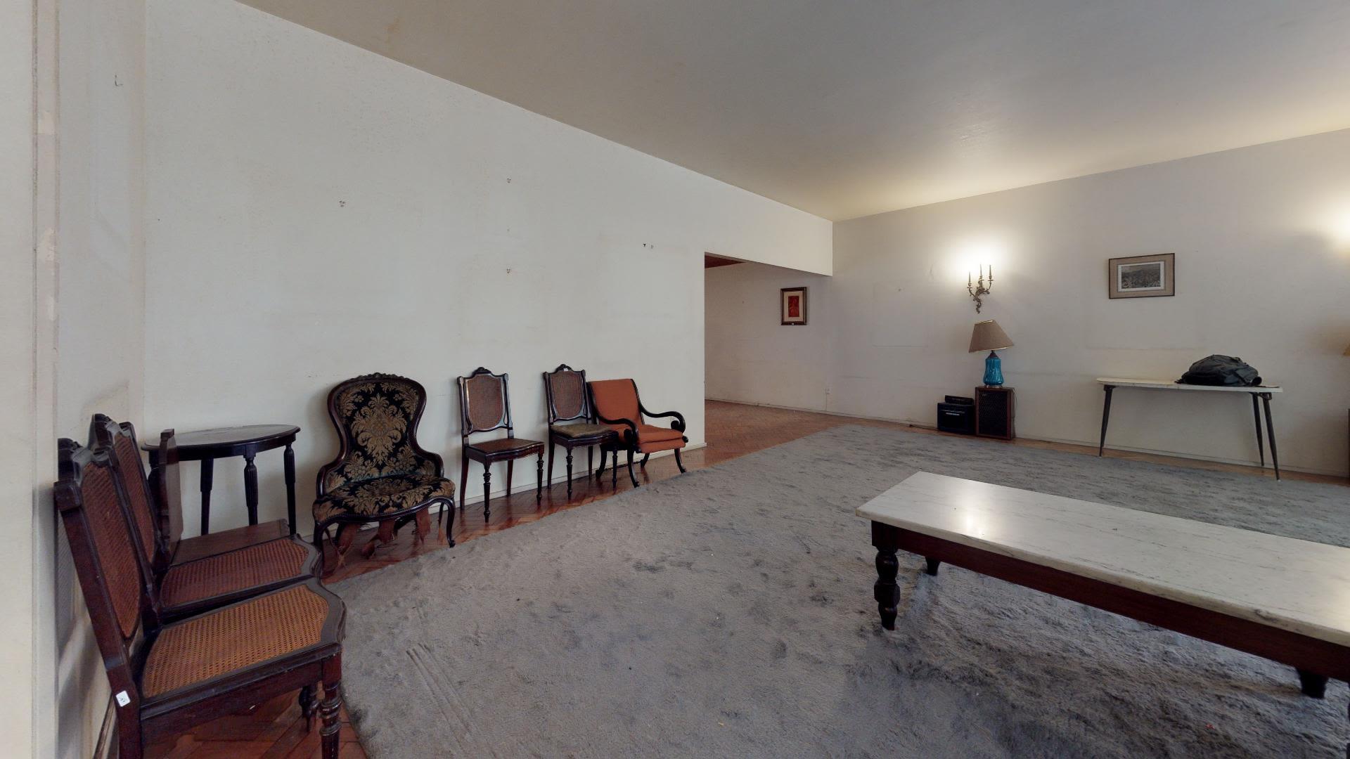 Imagem do Apartamento ID-711 na Rua Bulhões de Carvalho, Copacabana, Rio de Janeiro - RJ