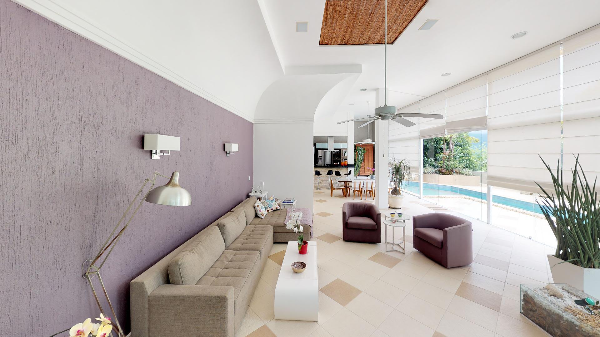 Imagem da Casa ID-1498 na Rua Casuarina, Lagoa, Rio de Janeiro - RJ