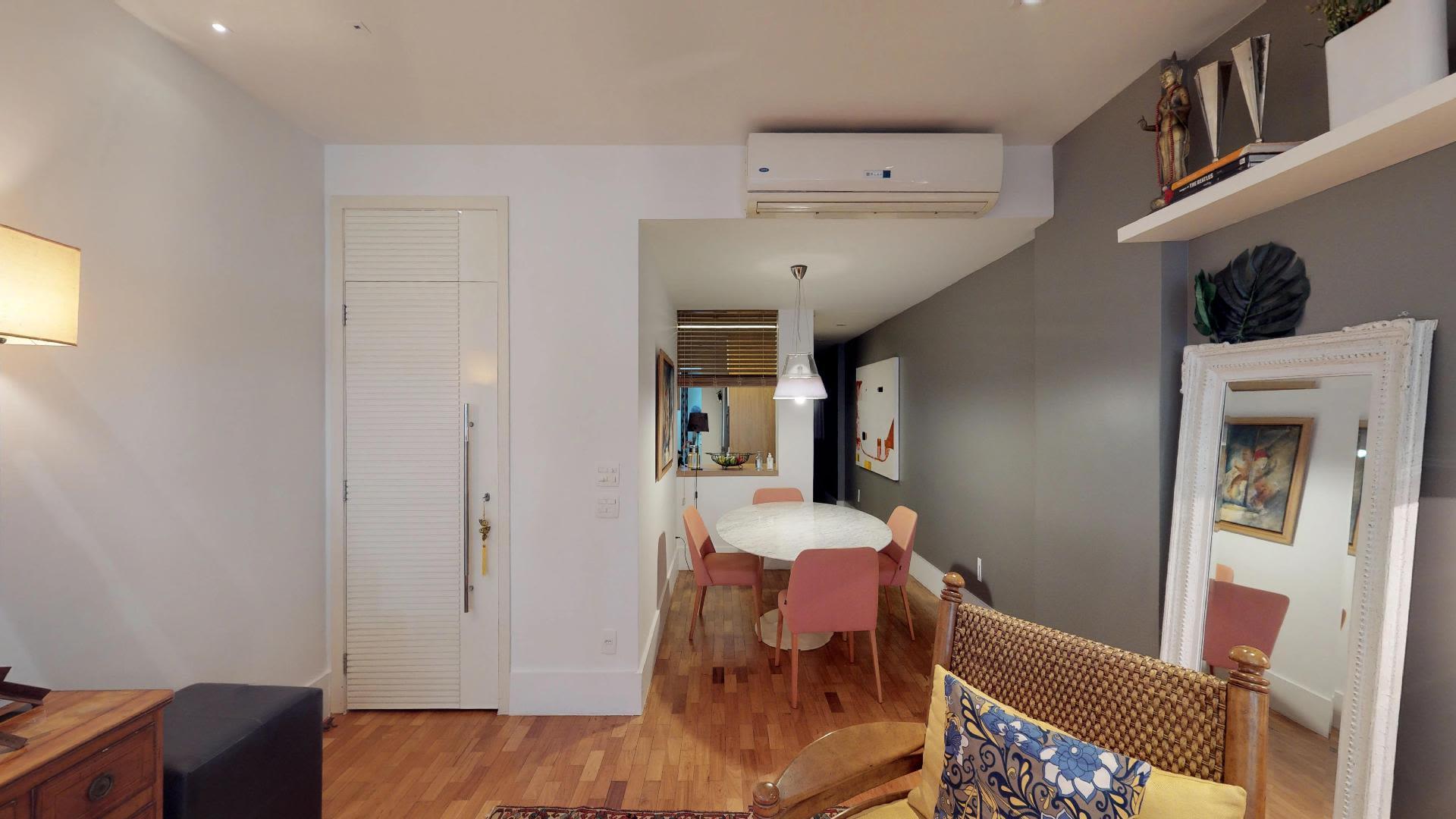 Imagem do Apartamento ID-1821 na Avenida Rainha Elisabeth, Copacabana, Rio de Janeiro - RJ