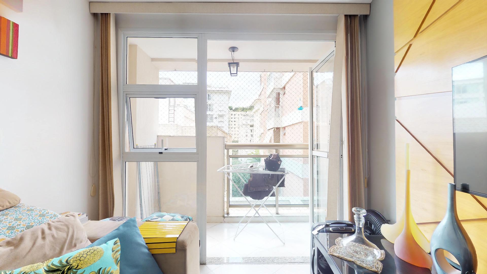 Imagem do Apartamento ID-1082 na Rua Belisário Távora, Laranjeiras, Rio de Janeiro - RJ