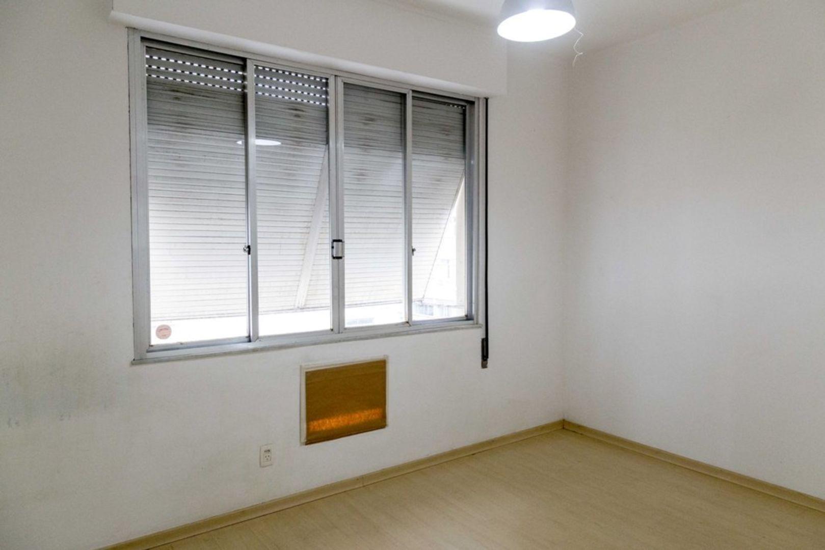 Imagem do Apartamento ID-1191 na Rua General Ribeiro da Costa, Leme, Rio de Janeiro - RJ
